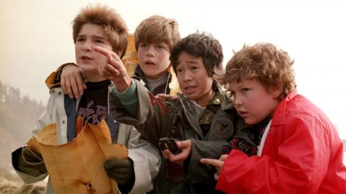 the_goonies_-_publicity_still_1_-_h_2020_